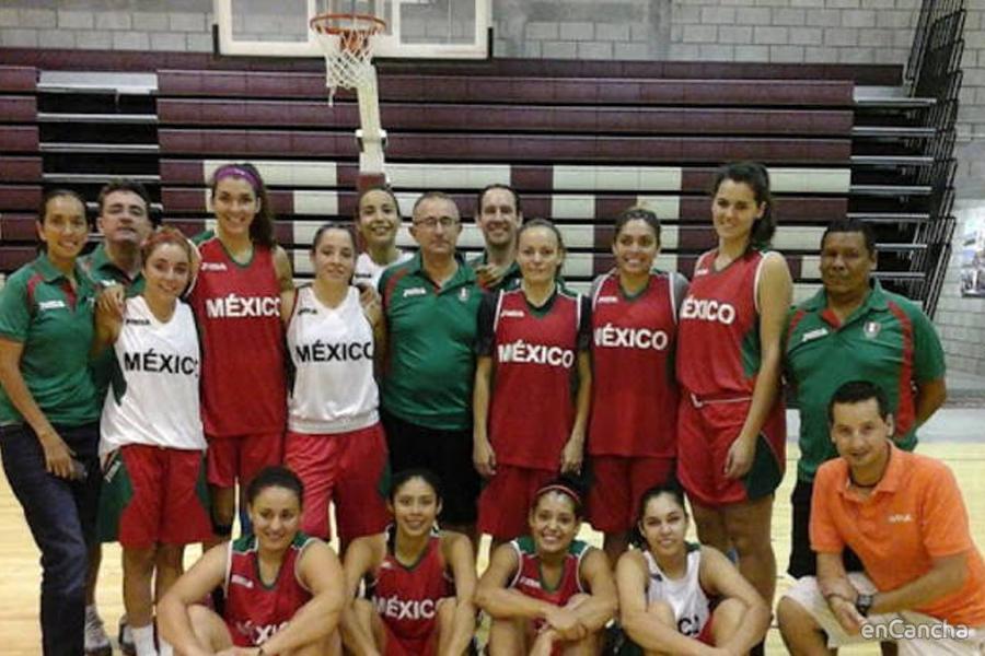 Ángel Fernández consiguió el oro con la selección femenina mexicana