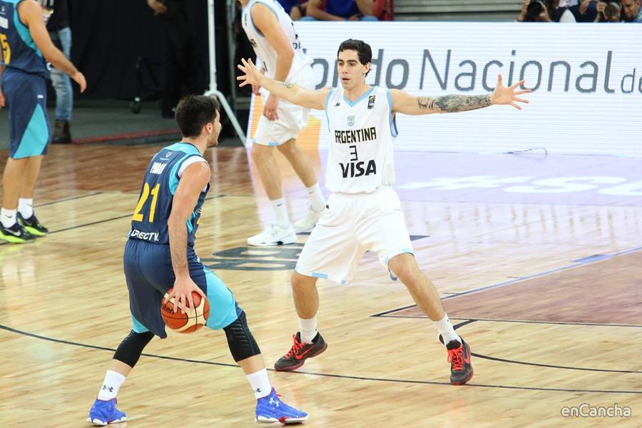 Luca Vildoza con la Selección Argentina