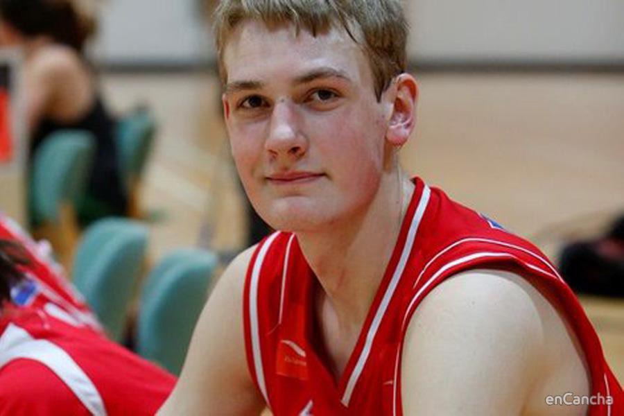 Tryggvi Sn�r Hlinason, joven center para Valencia Basket