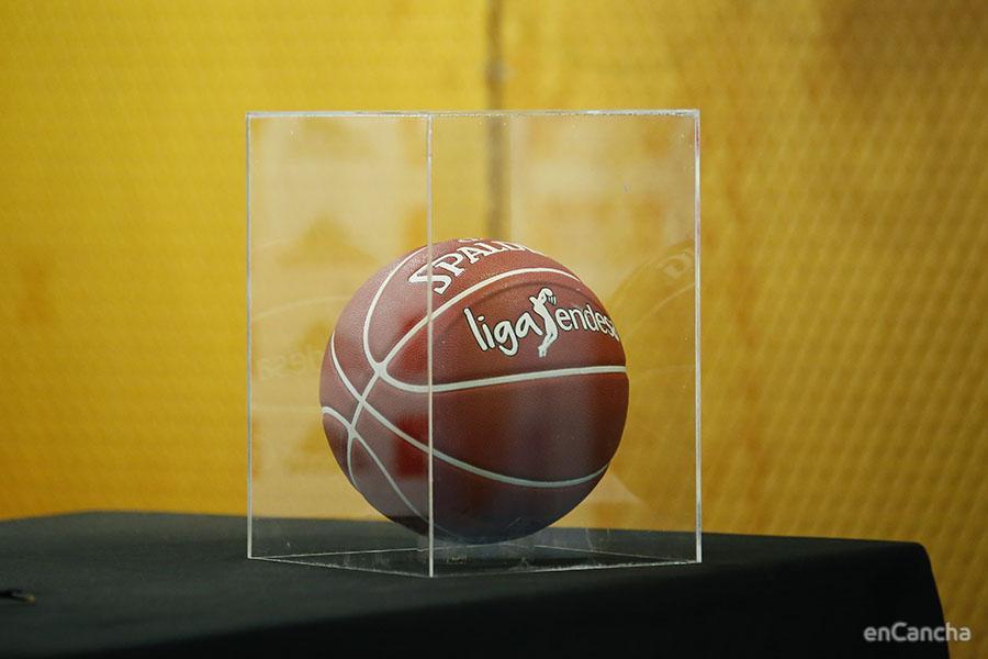 Bal�n de los PlayOffs de la ACB